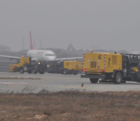 Atatürk Havalimanı'nda seferler yüzde 20 azaltıldı