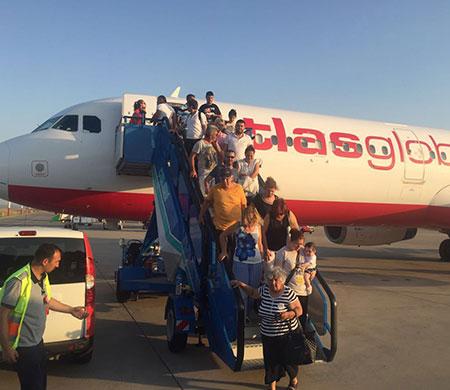 Lefkoşa'ya gidecek uçakta teknik arıza