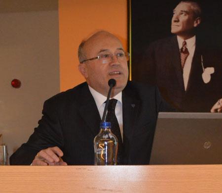 Esenboğa'da sigarayı bırakanlara kutlama belgesi