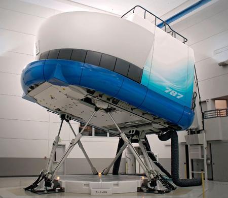Boeing'den Gatwick'e 4 simülatör daha