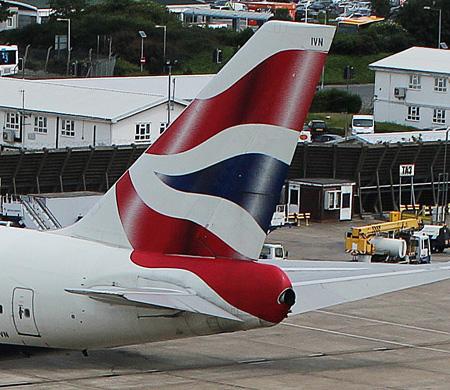 British uçağında motor arızası