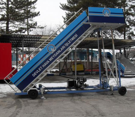 DHMİ ilk yerli uçak merdivenini üretti