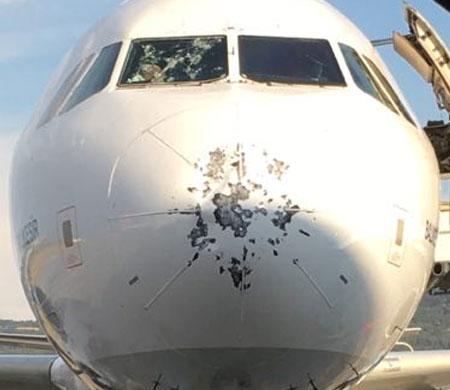 THY ve Pegasus uçakları doludan hasar gördü