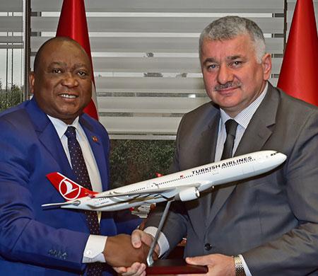 Gine Ulaştırma Bakanı'dan Ekşi'ye ziyaret