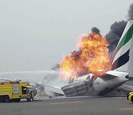 Emirates uçağı böyle patladı