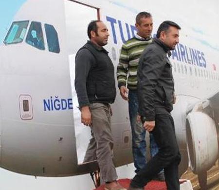 CHP'den ilginç 'havalimanı protestosu'
