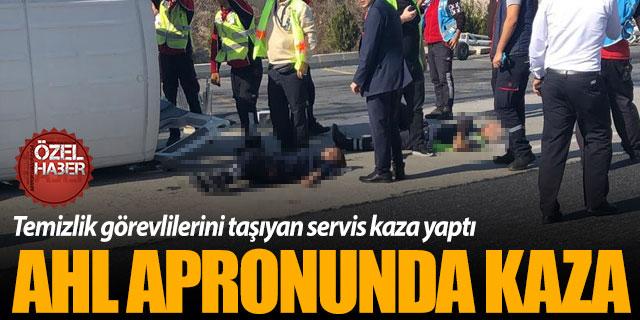 Atatürk Havalimanı'nda personel servisi kaza yaptı!