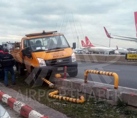 THY Teknik aracı apronda kaza yaptı