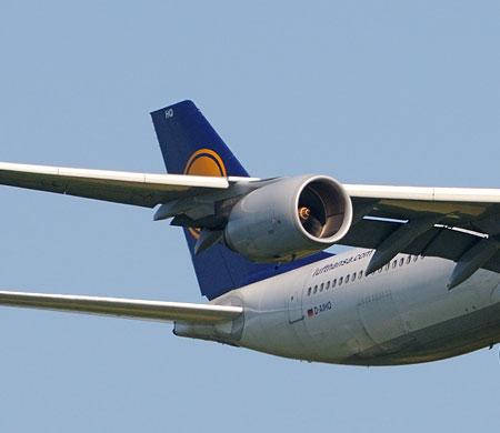 Lufthansa 2015'de uçuşa geçti