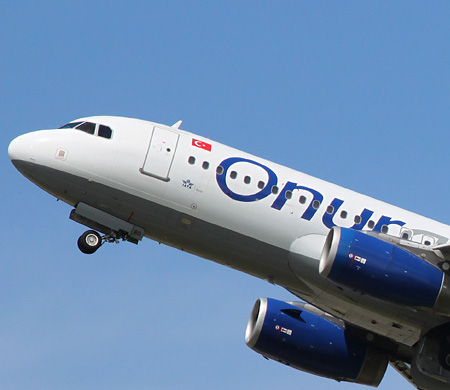 Onur Air A320 tipi bir uçağını filodan çıkardı
