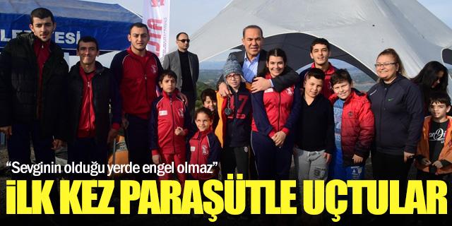 Engelli çocuklar ilk kez paraşütle uçtu