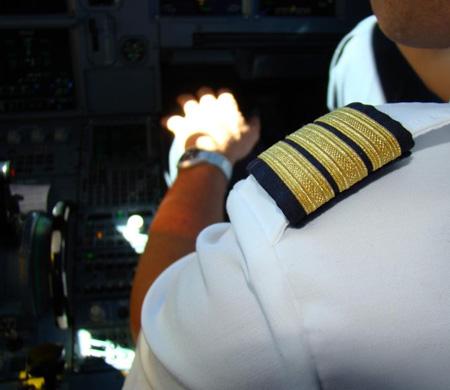 Pilot adaylarına uçuş eğitimi verildi