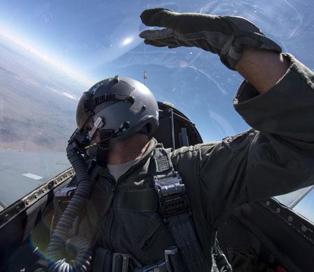 F/A-18 pilotlarının kabusu: Hipoksi!