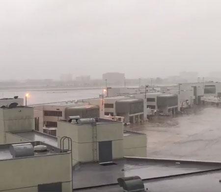 Miami Havalimanı sular altında!