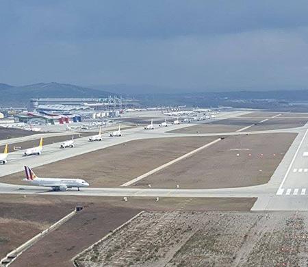 Sabiha Gökçen Atatürk Havalimanı yolunda...