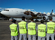 AIR NEW ZEALAND 'HOBBIT'LERE SARDI