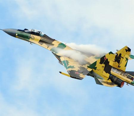 Su-35 hedeflerini kendisi seçebiliyor