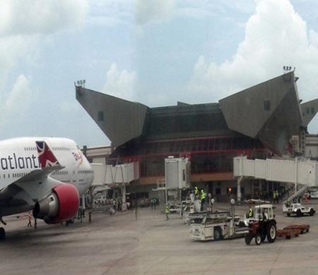 TAV, Küba'da iki havalimanı için masaya oturuyor
