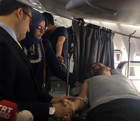 Yaralanan THY personeli Türkiye'ye getirildi