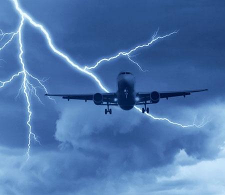 THY uçaklarına yıldırım üstüne yıldırım çarptı