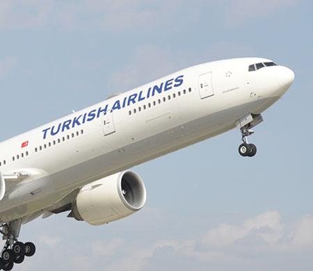 THY uçağında sahipsiz bagaj paniği