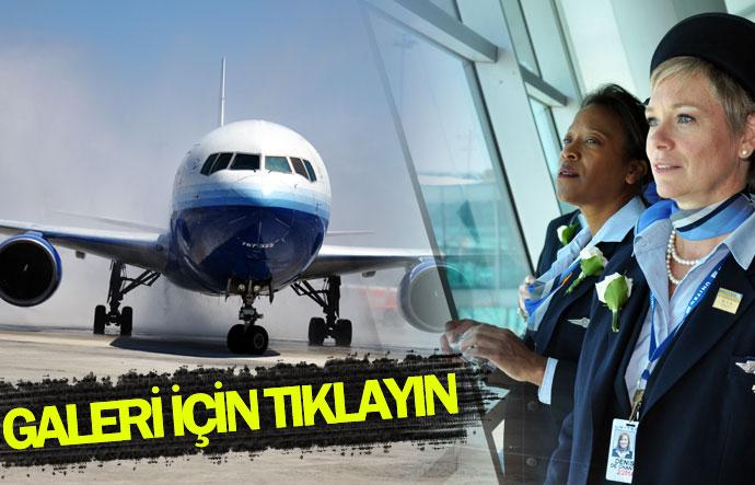 United Airlines Atatürk Havalimanı'na indi